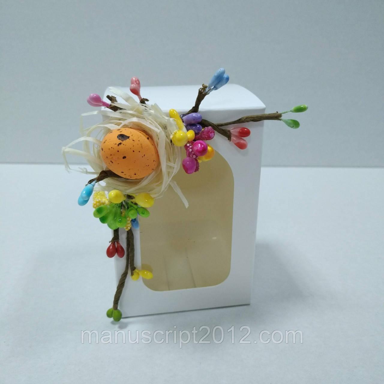 Коробочка для пасхального подарка с декором 70х70х100 мм.