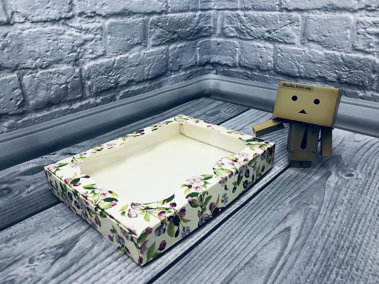 *10 шт* / Коробка для пряников / 150х200х30 мм / печать-Весна / окно-обычн / лк / цв