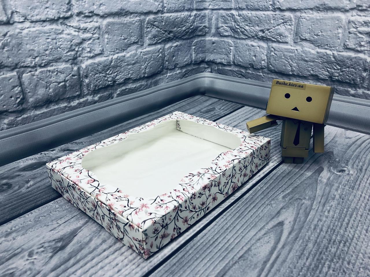 *10 шт* / Коробка для пряников / 150х200х30 мм / печать-Сакура / окно-обычн / лк / цв