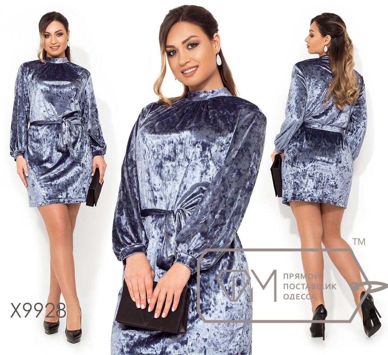 Короткое платье прямого кроя из мраморного бархата, под поясок с воротником стойка, защипами у горловины и рукавами-фонарик X9928