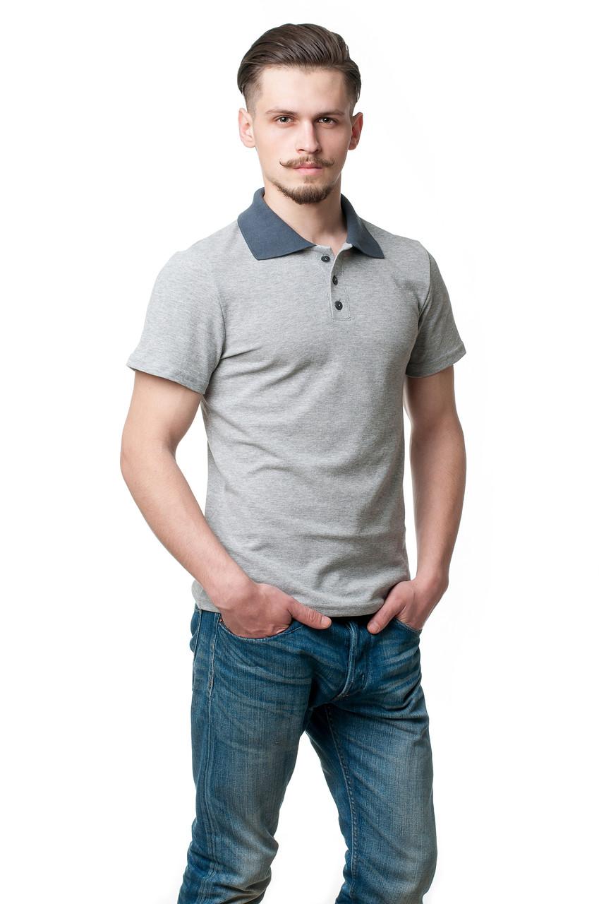 Мужская футболка-поло классического кроя, изюминкой модели являются отложной воротник и пуговки темно-серого цвета, меланж