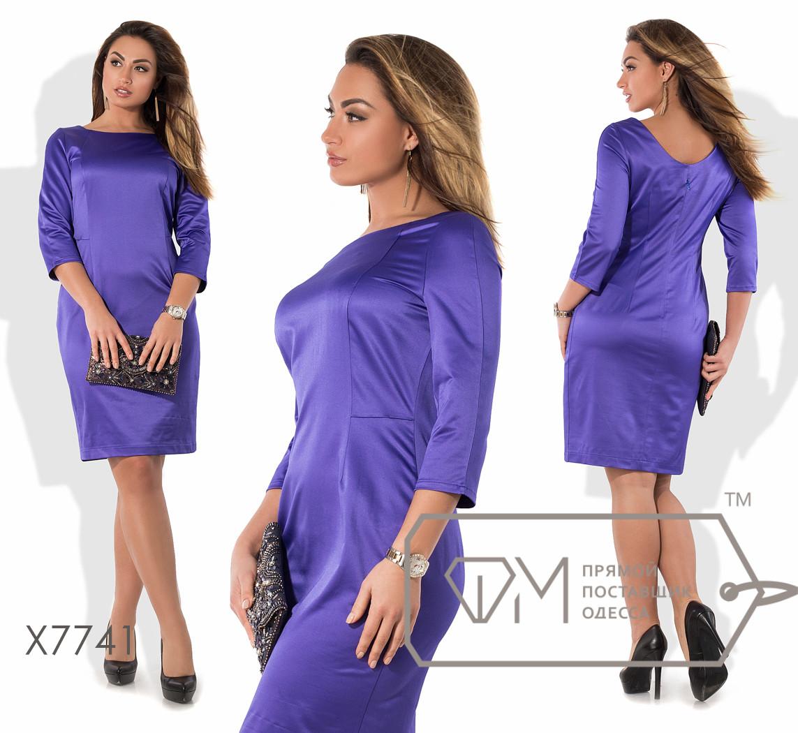 Платье-футляр миди приталенное из атласа с рукавами 3/4, вытачками на лифе, ювелирным вырезом и небольшим декольте сзади X7741
