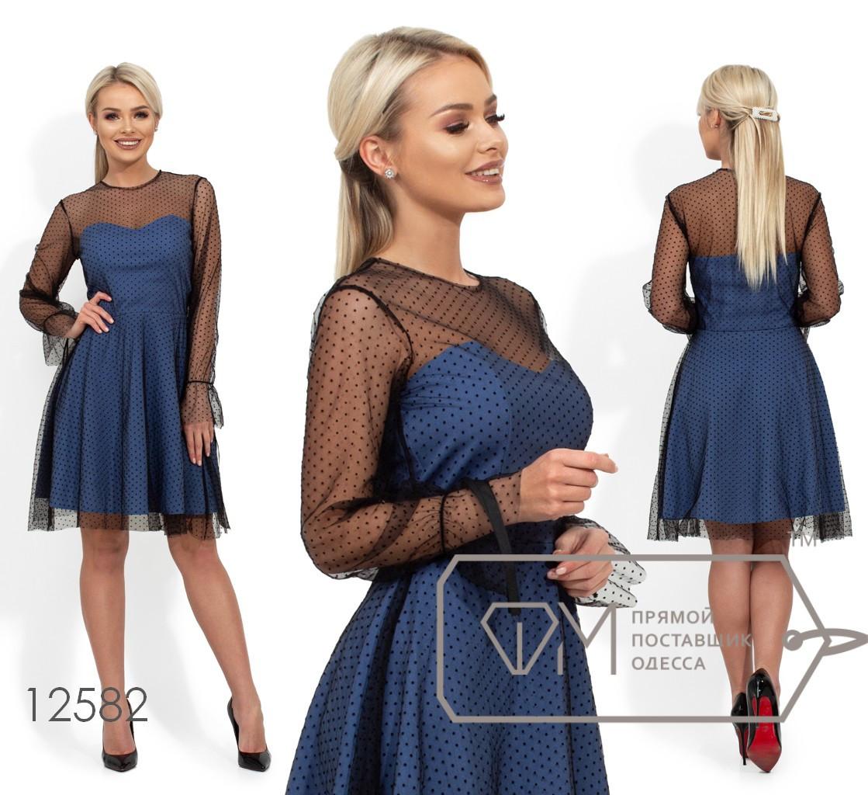 Платье-мини с вискозным подкладом, несъемной накидкой из сетки, длинными рукавами и не обработанным подолом 12582