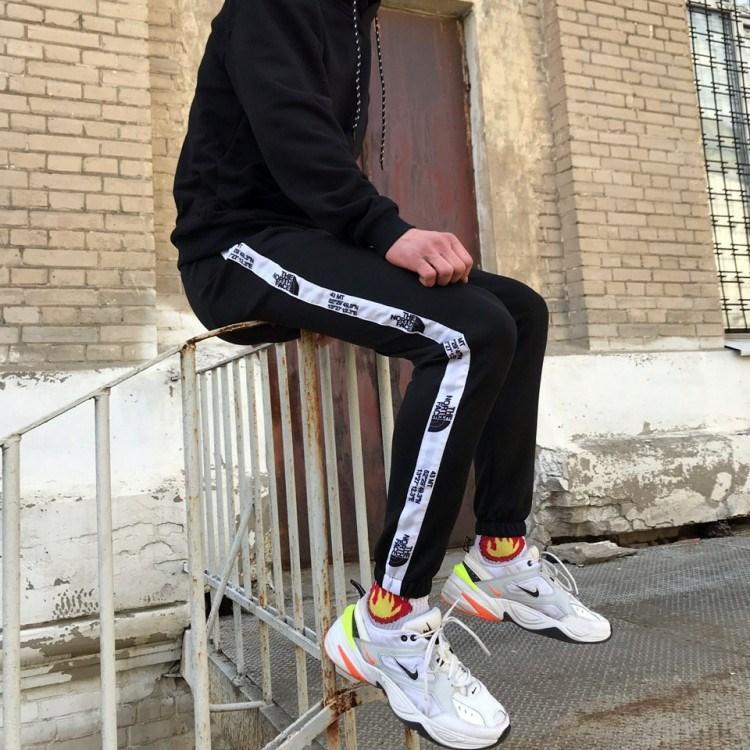 Теплые спортивные штаны  The North Face