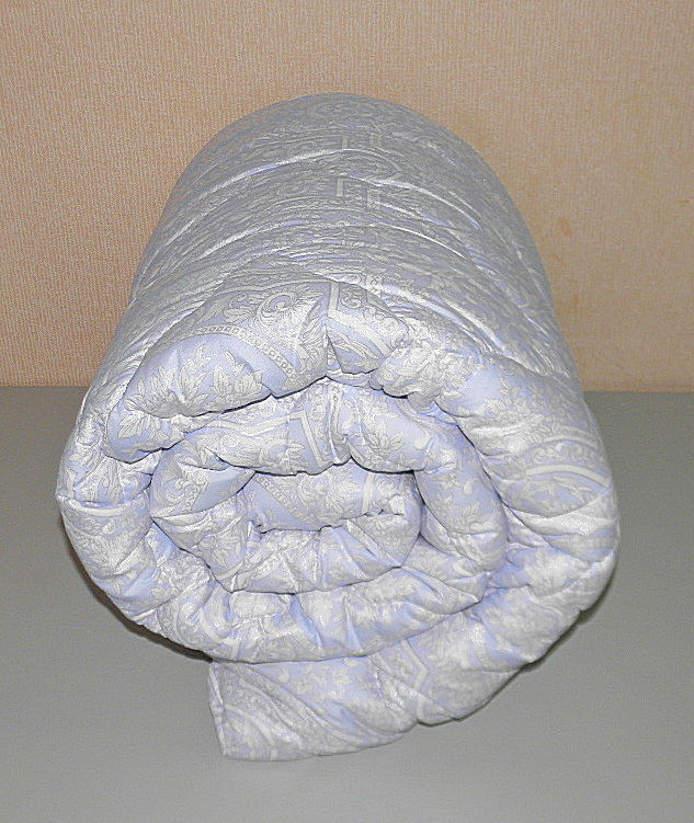 Одеяло двуспальное наполнитель холлофайбер ткань микрофибра (Х-484)