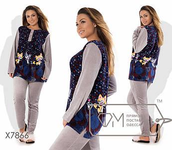 Домашний костюм из велюра - прямая туника с рисунком, однотонными рукавами и застёжкой-поло плюс приталенные штаны с лампасами X7866