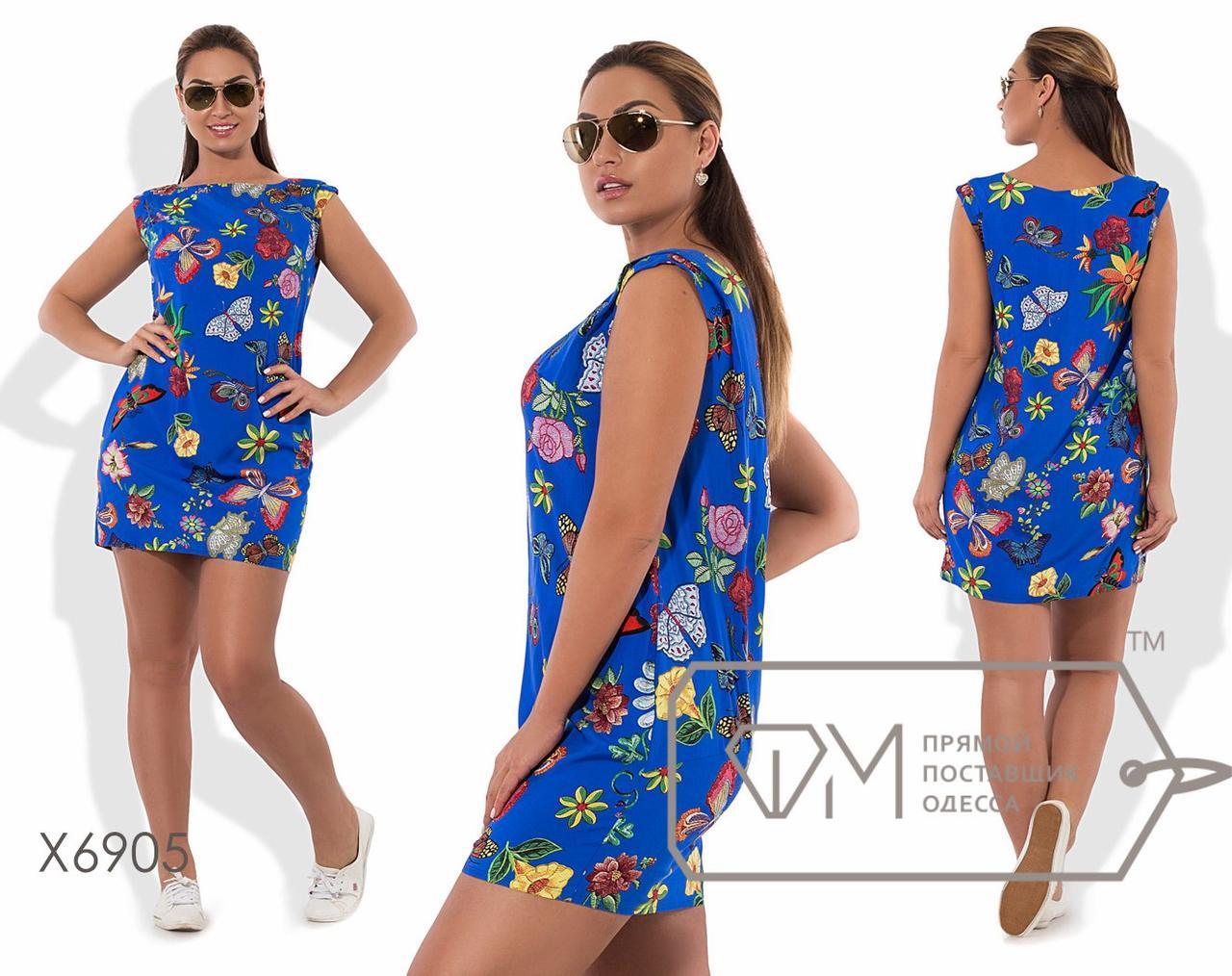 Платье-шифт мини прямое из принтованного штапеля без рукавов с вырезом лодочка и косыми кармашками X6905