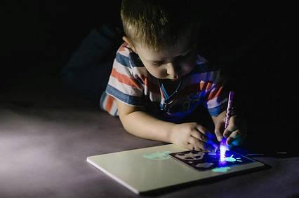 "Набор для рисования в темноте ""Рисуй светом"" A5 YG3503 + ручка A4, фото 2"