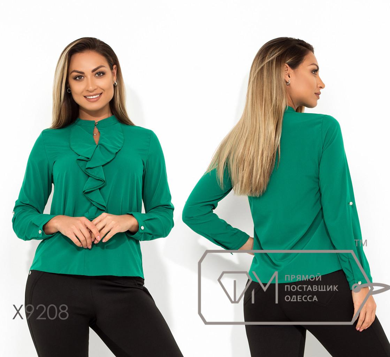 Классическая блуза-жабо из софта с длинными рукавами, воротником-стойка на застежке и вырезом-капелька на груди X9208