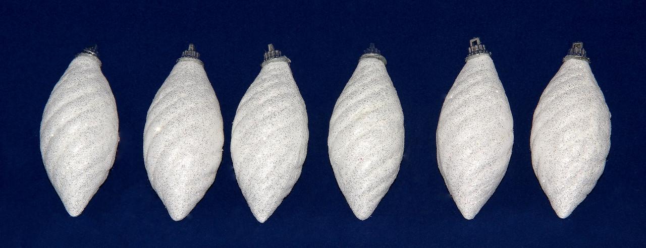 Набор елочных игрушек - сосульки с блестками, 6 шт, 8 см, белый, пенопласт (200046)