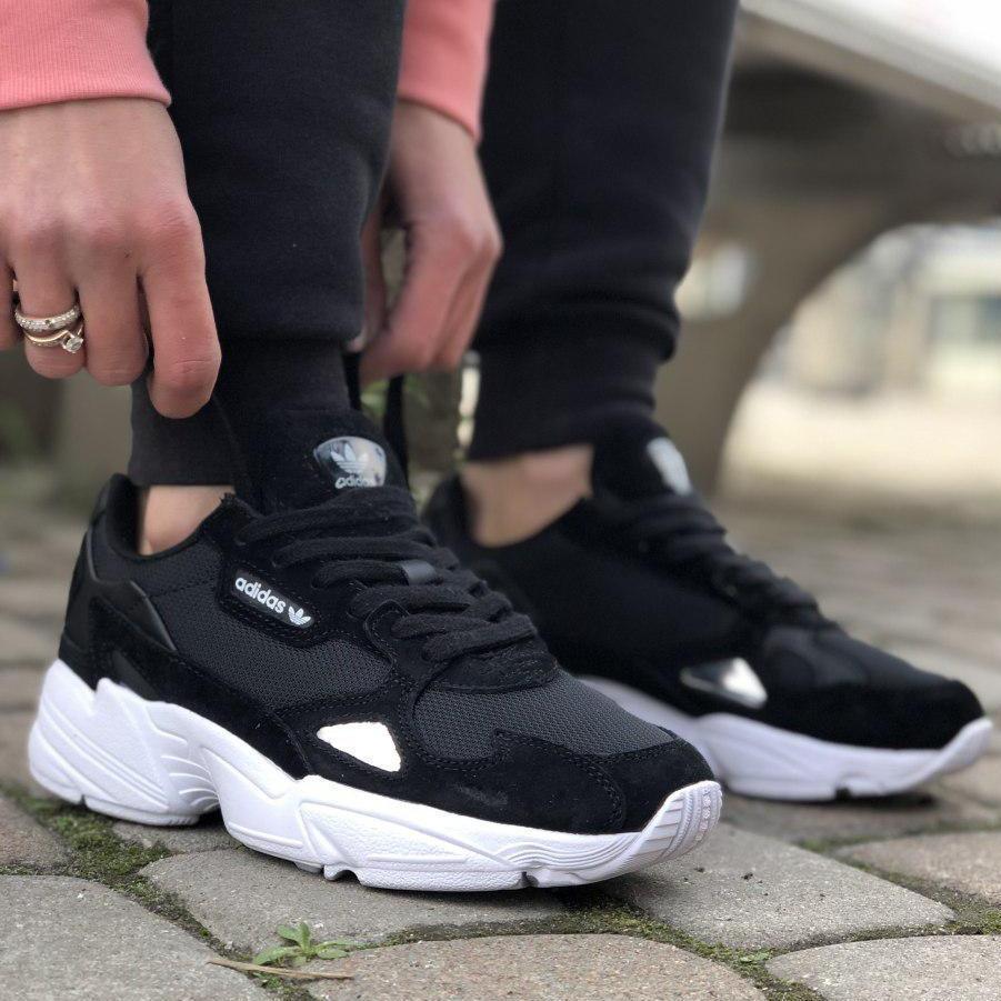 Женские кроссовки Adidas Falcon Black/White