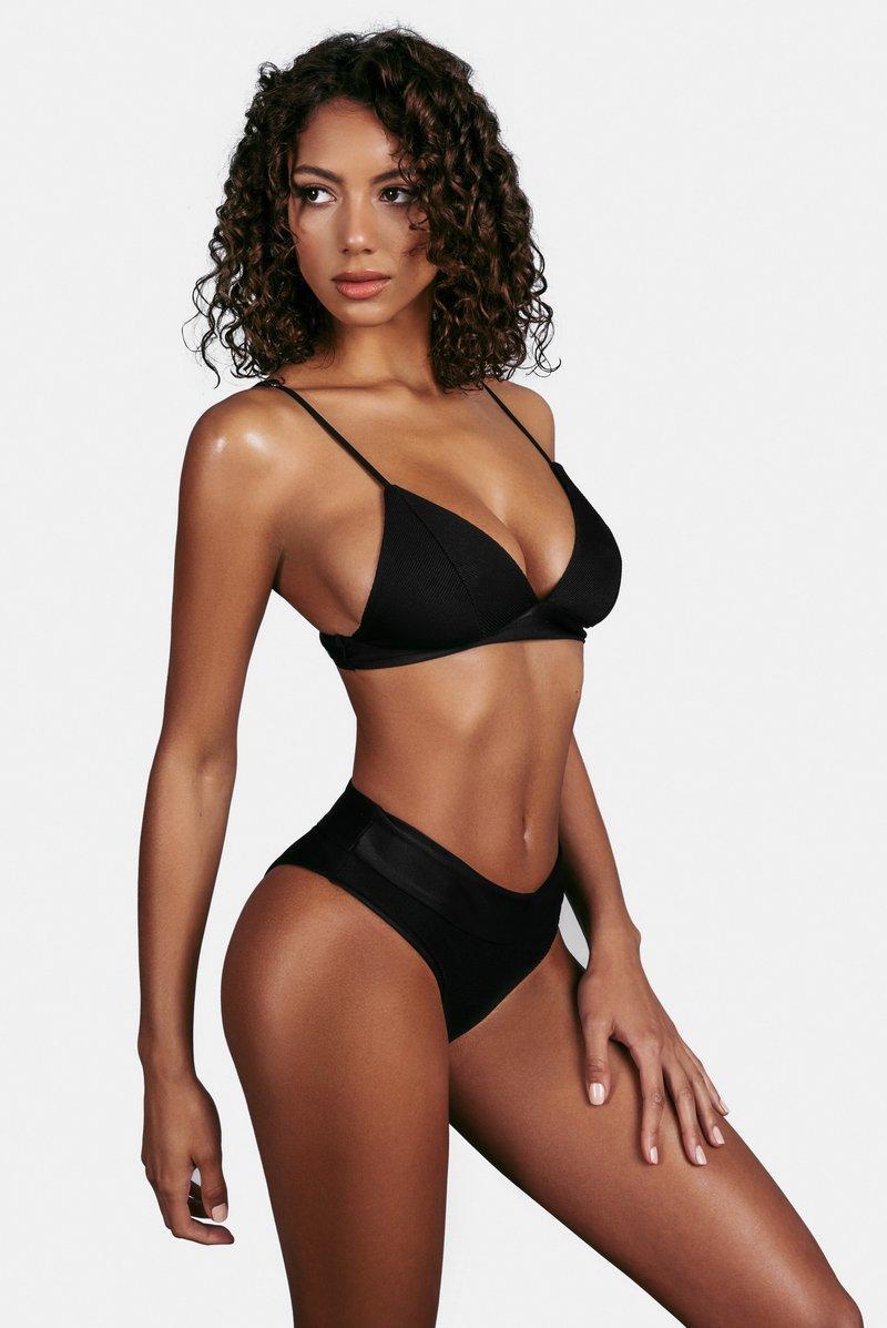 Женский купальник с высокой талией бразилиано черный
