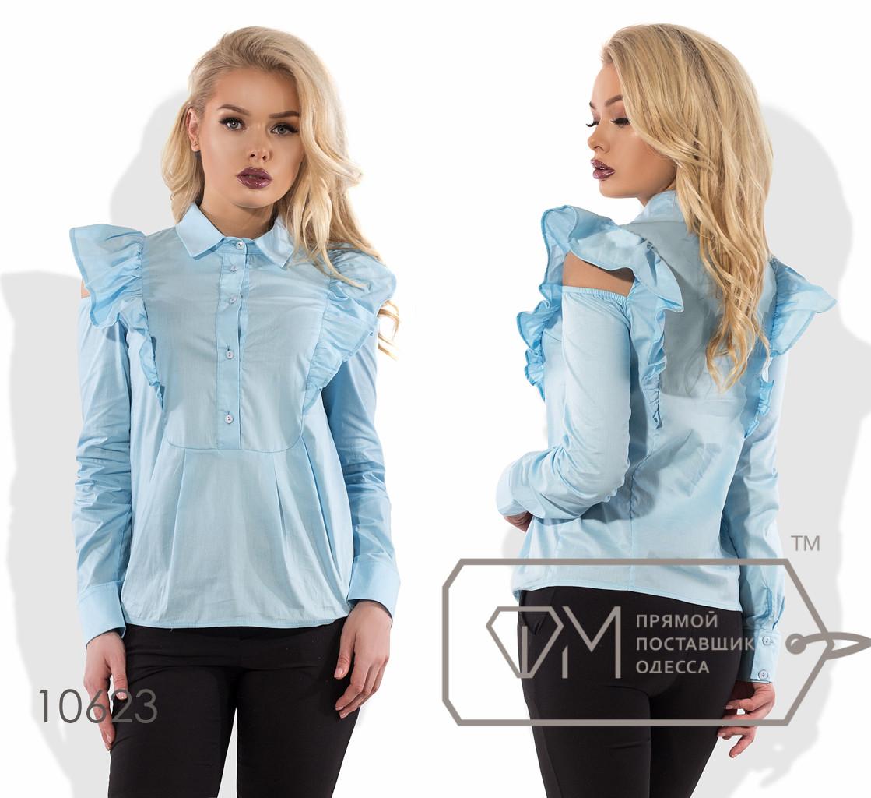 Рубашка прямая из коттона с длинными рукавами, застёжкой до пояса, вырезами на резинках по плечам и оборками-крылышками 10623