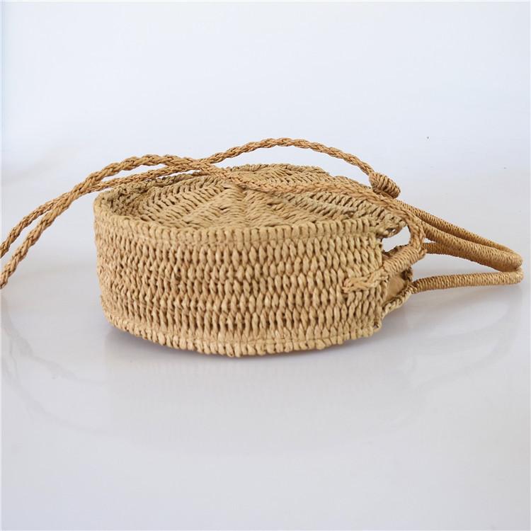 Женская круглая плетеная сумочка с ручками коричневого цвета, фото 2