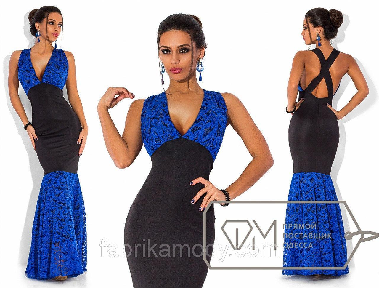 Вечернее платье-русалка из микродайвинга с гипюром с V-образным вырезом без рукавов с декольте Цвет электрик гипюр 5737