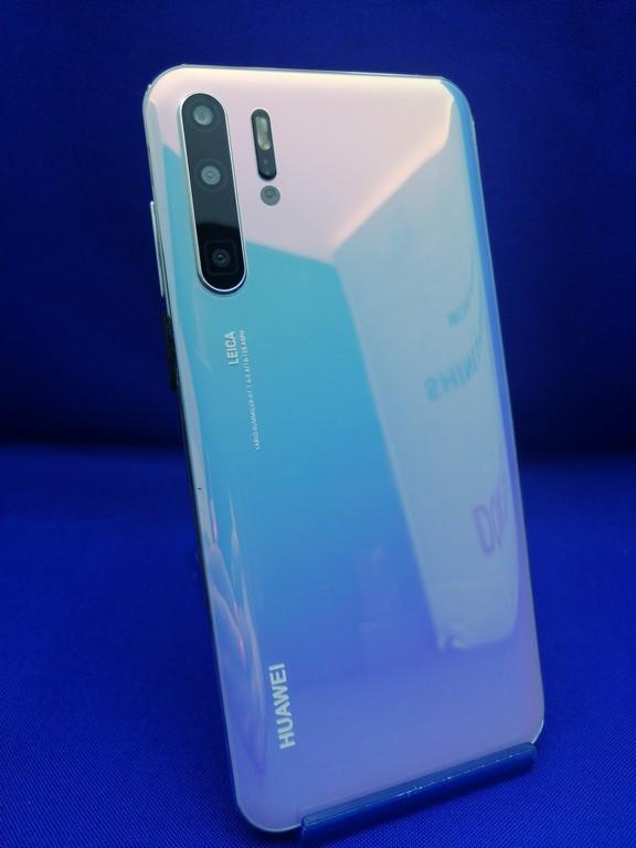 Точная копия Huawei P30 Pro VIP 128GB Светло-Голубой Безрамочная копия