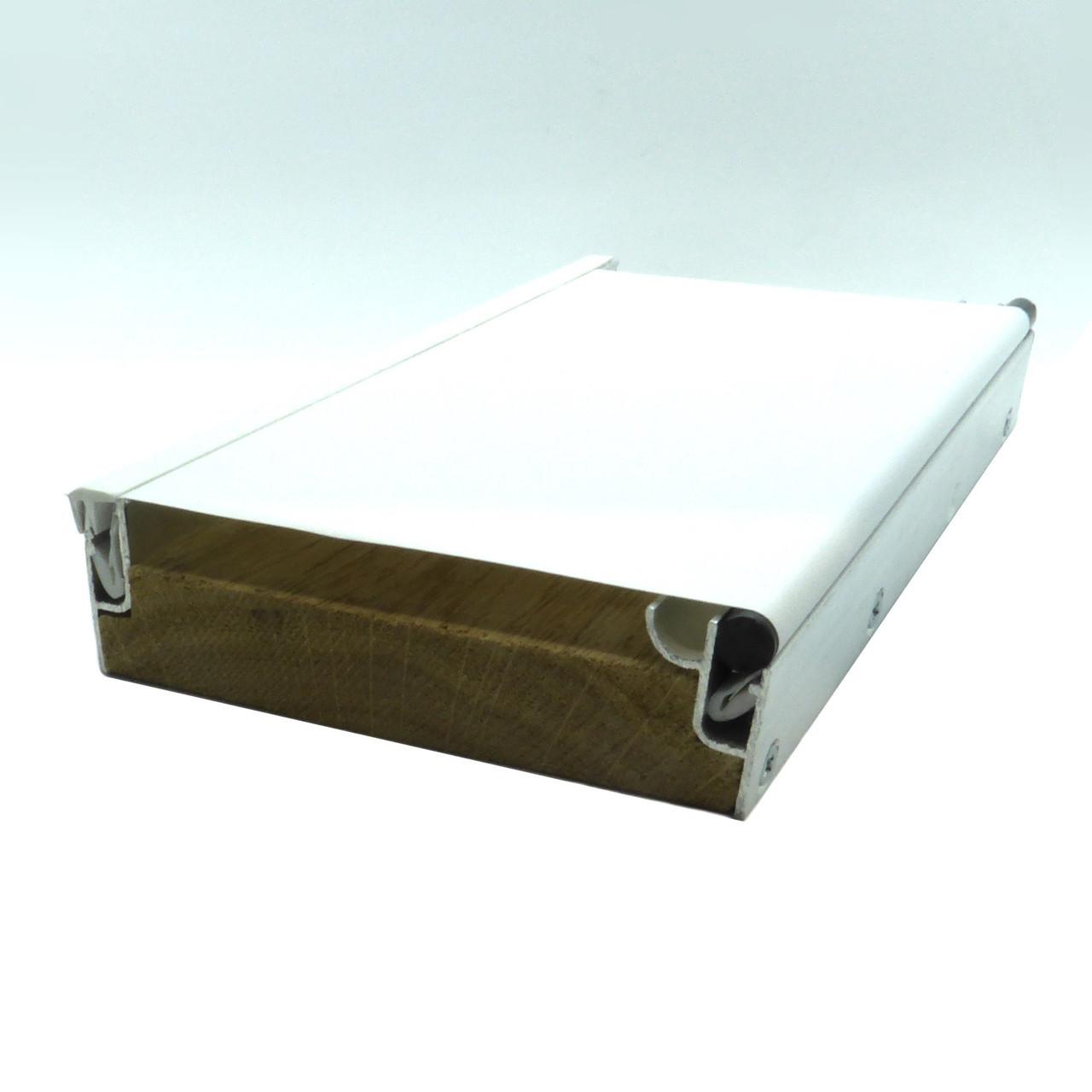 Промо материал для натяжных потолков. Образец с профилем h-образным и бесщелевым системы KRAAB 3.0