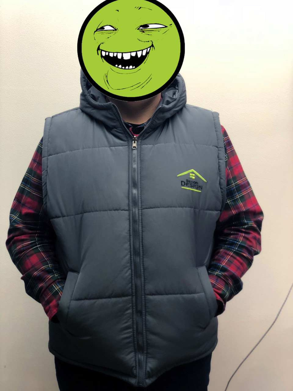Двусторонняя брендовая куртка-безрукавка от Decor Design