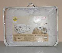 Одеяло двуспальное в подарочном чемодане (ткань микрофибра наполнитель овечья шерсть) (Х-522)