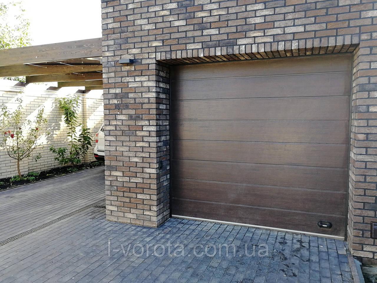 Секционные гаражные ворота DoorHan ш3000мм, в2500мм