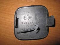 Продам ЗАГЛУШКУ БАМПЕРА ПРАВУЮ на Тойота Корола(TOYOTA COROLLA E15)2006-2013