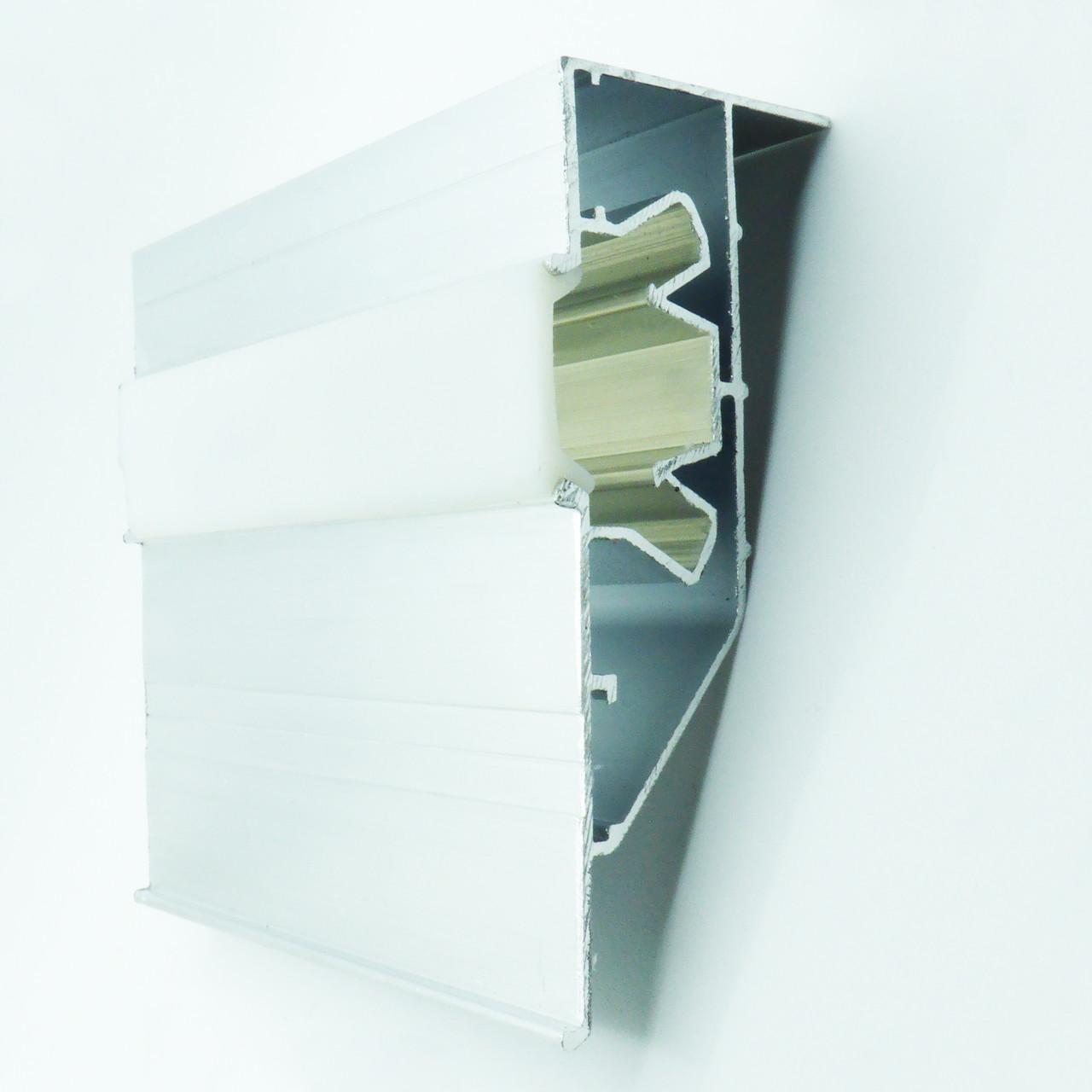 Профиль алюминиевый для натяжных потолков - двухуровневый ПЛ-75, с подсветкой, с линзой. Длина профиля 2,5 м.