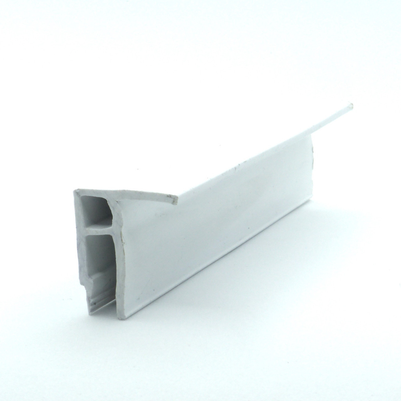 Профіль пластиковий для натяжних стель - універсальний. Довжина профілю 2,5 м.
