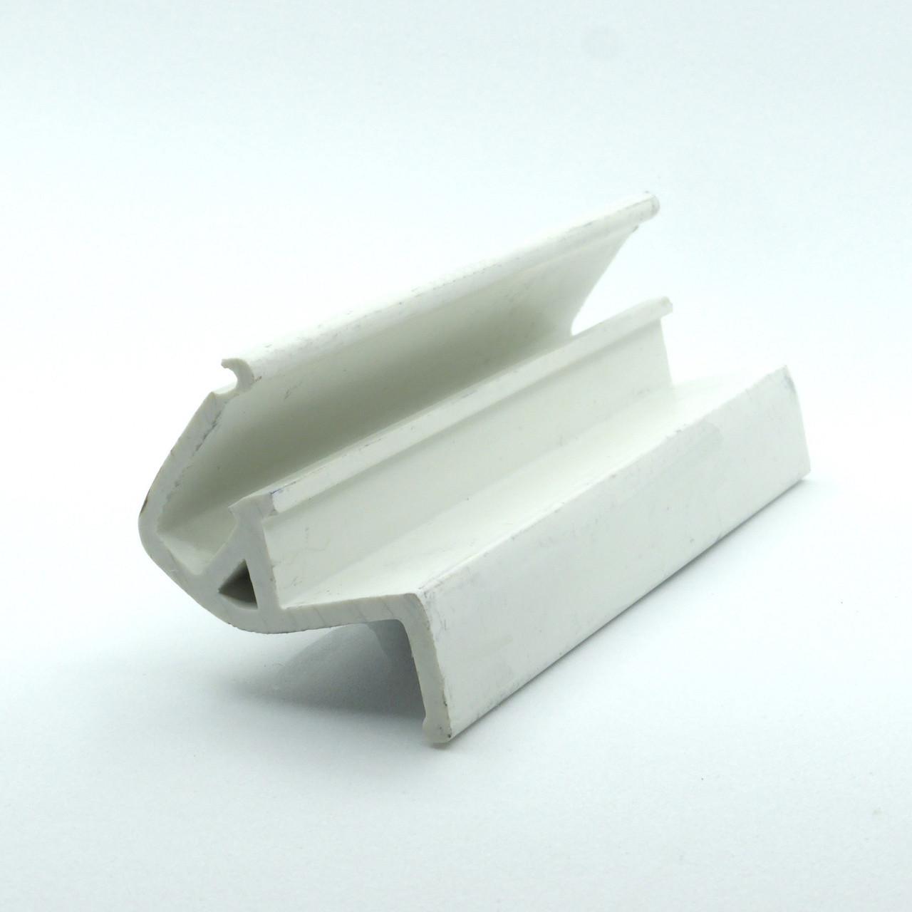 Профиль пластиковый для натяжных потолков - парящий (без вставки). Длина профиля 2,5 м.