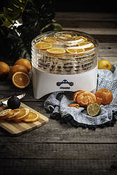 Сушильный аппарат для овощей, фруктов, грибов Mesko MS 6657, 5 лотков, мощность 800вт