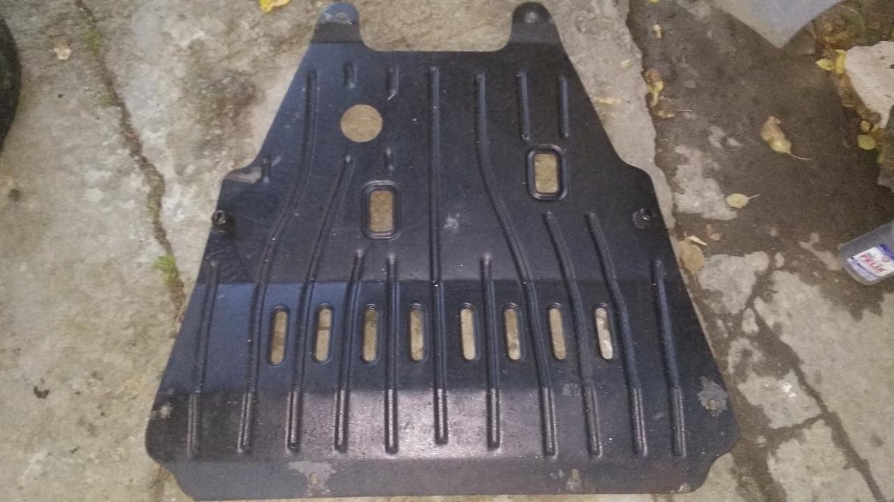 Б/у защита двигателя и коробки передач для Renault Laguna II