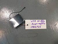 Продам заглушку порога под домкрат MERCEDES BENZ W210-E320