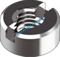 DIN 547, гайка с двумя отверстиями на торце под ключ