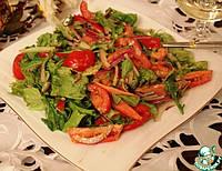 Микс-салат с пармезаном