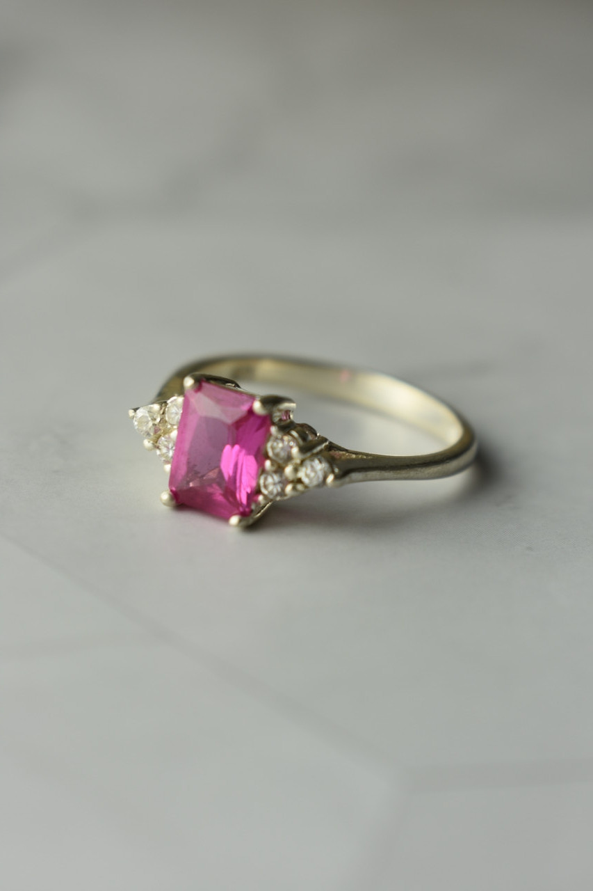 Серебряное кольцо с Розовым Топазом и фианитами