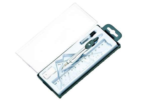 Готовальня 7 предметов в пластиковом пенале A plus A-919, 879198