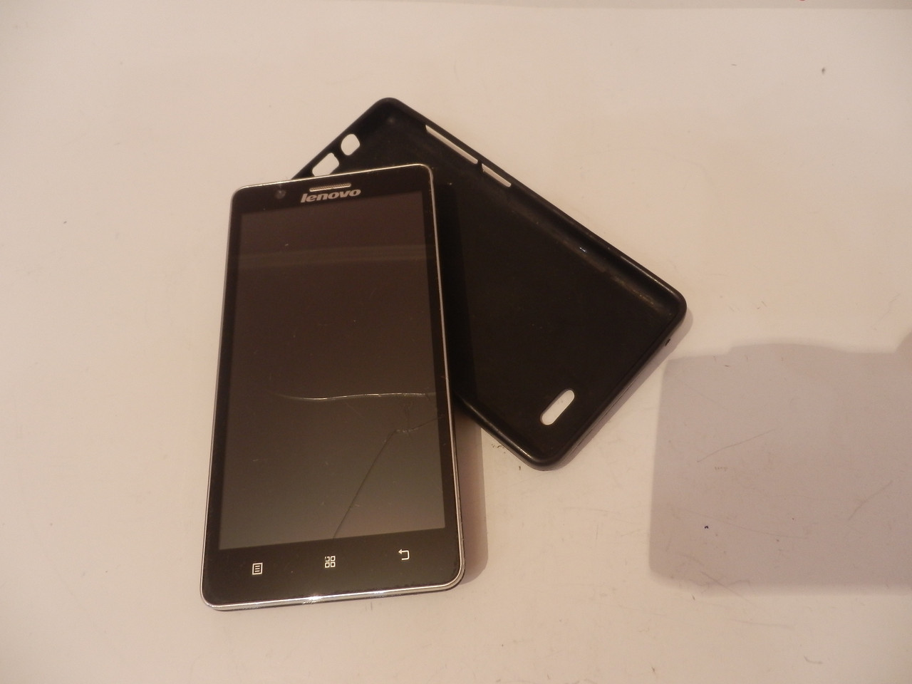 Мобильный телефон Lenovo A536 №6535