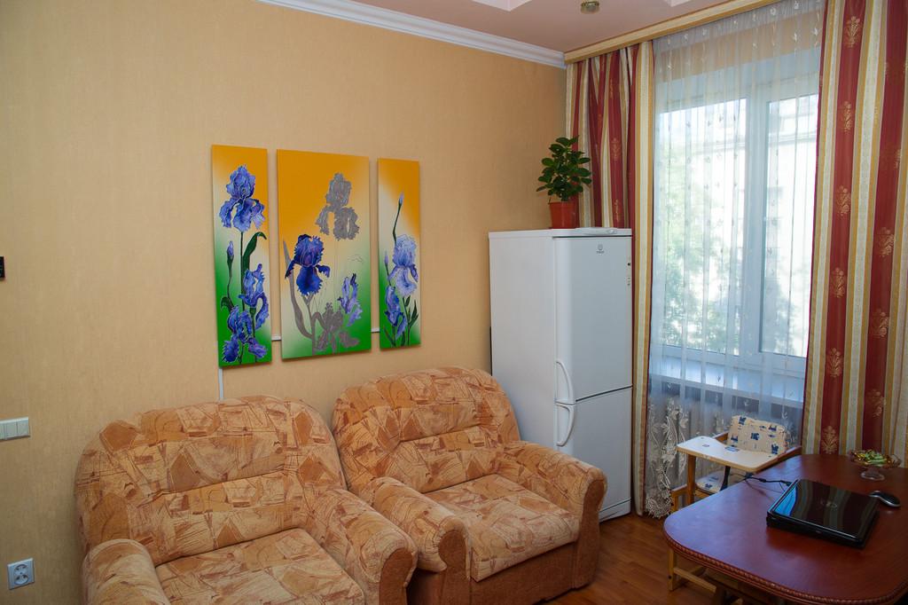 """Дизайн-обогреватель """"Ирисы"""" - основное электроотопление в квартире г. Львов, ул. Скорины"""