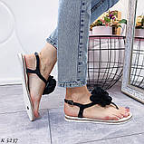 Тільки 41 р! Босоніжки жіночі чорні з квіткою силікон, фото 2