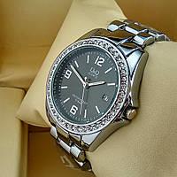 Женские наручные часы Q&Q B129-1 (Кью Кью) на металлическом браслете серебро, черный циферблат, с датой