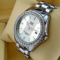 Женские наручные часы Q&Q B129 (Кью Кью) на металлическом браслете серебро, серебристый циферблат,с датой