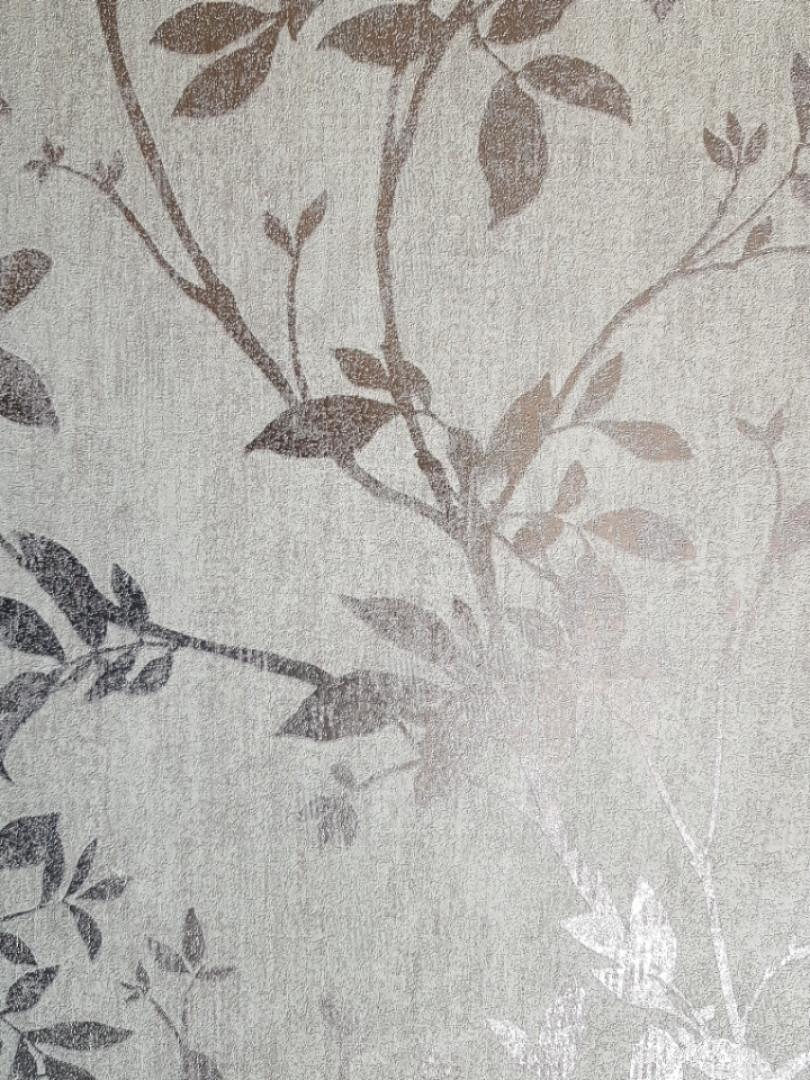 Обои виниловые на флизелине Ugepa A05703 Jardin Secret серые с сиреневым ветки листья с серебром