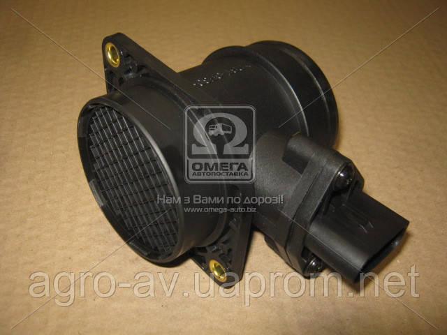 Витратомір повітря (DE.13558001)(ДМРВ) SKODA OCTAVIA 97-10, VW GOLF IV 99-06 1,9 TDI (DECARO)