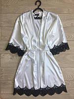 Женский атласный халат с поясом белый