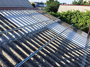 Установка алюминиевых профилей на крыше.