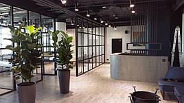 Черные офисные перегородки из алюминия