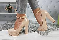 Туфли женские на каблуке с чокером, бежевые, материал - эко-кожа лаковая, код товара SL-1024