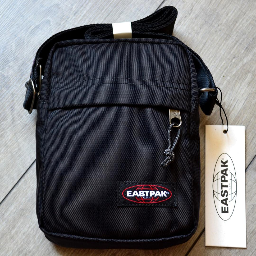 """Сумка Eastpak THE ONE Messenger EK 045 008 """"Чорна"""""""