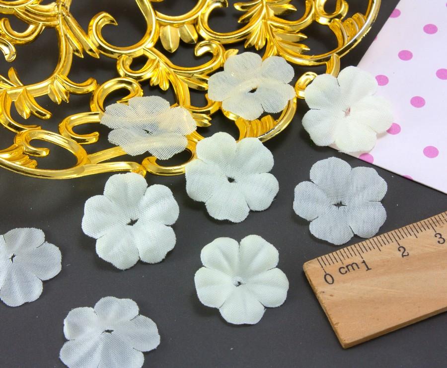 (10 ГРАММ ≈260 шт) Заготовка для цветка, пресс Ø24мм Цвет - Молочный
