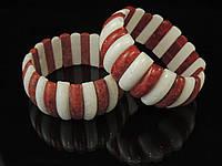 Браслет  из губчатого коралла,белого и красного, дольками