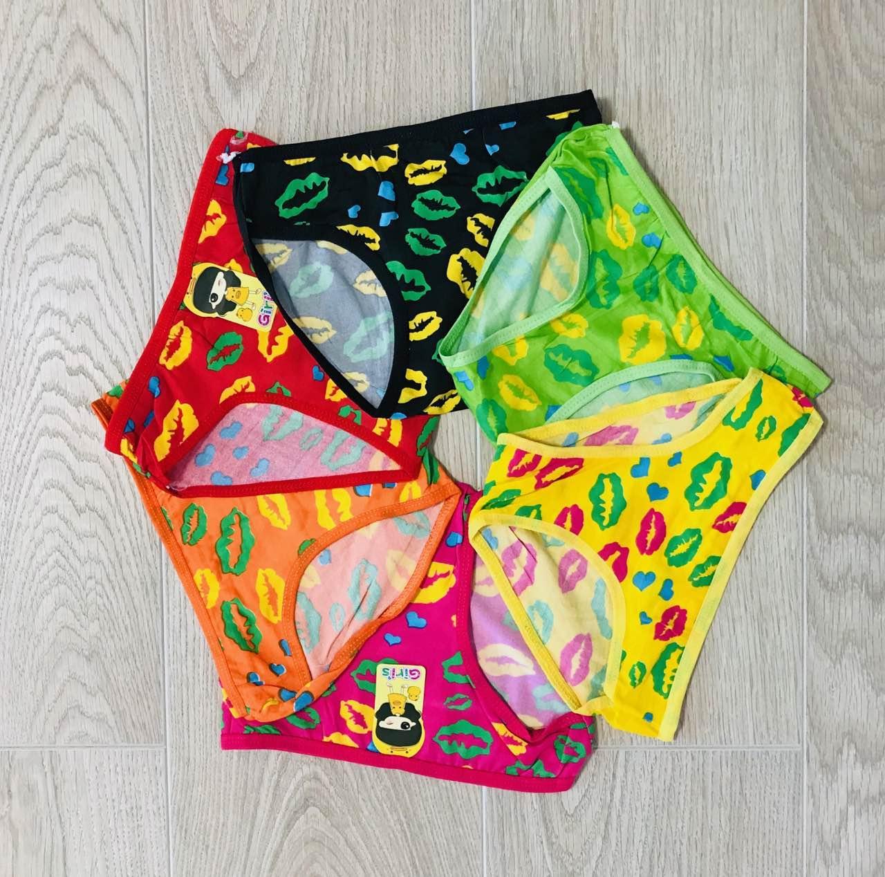 Трусики-плавки дитячі для дівчаток бавовна розмір M (3-5 років)